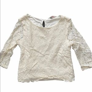 H&M Full Lace Cream Quarter Sleeve Top